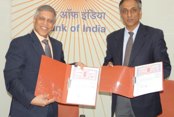 Sign Agreement 600x403 - Signing ceremony of IU Agreement of Bank of India
